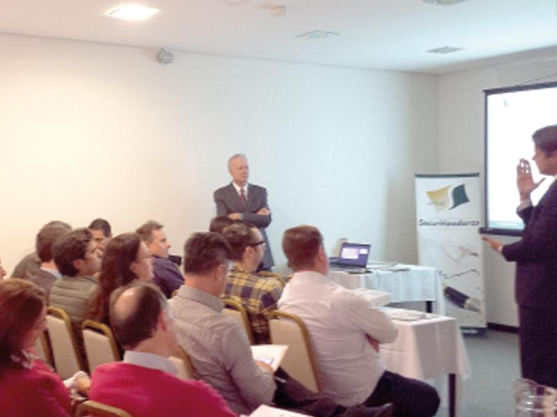 ANSAE realiza evento com associados e convidados em Blumenau
